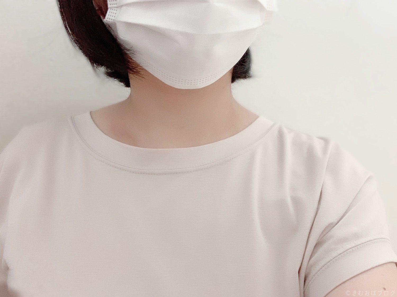 mari-colore 骨格ストレートのために作ったブラウスTシャツ 襟の大きさ