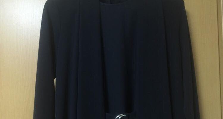 中学受験 母親の洋服の定番はネイビーワンピース