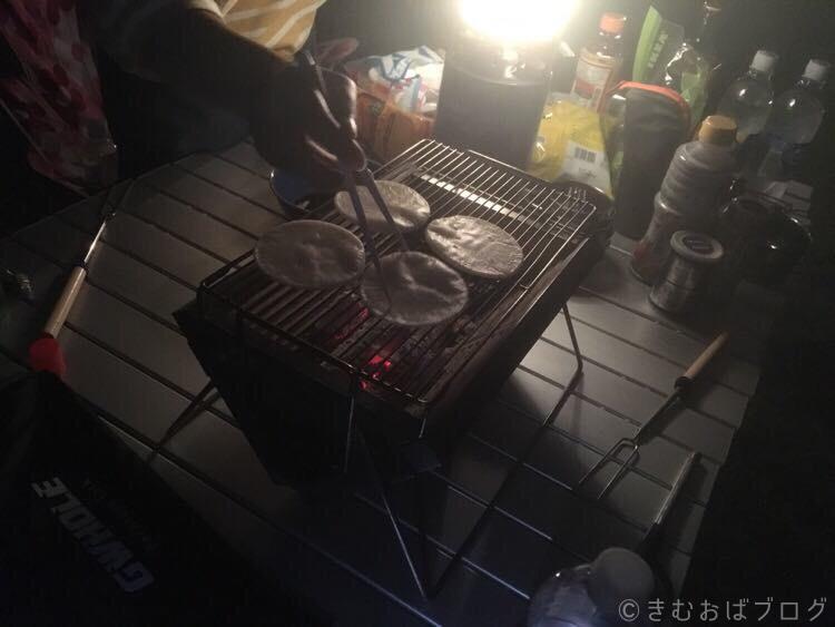 キャンプでおすすめの手焼きせんべい