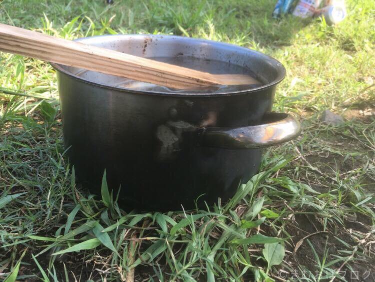 煤だらけの鍋